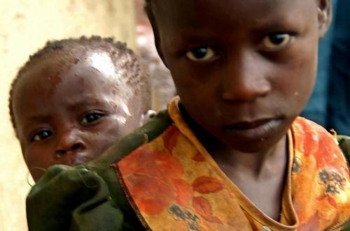 joseph kony,africa,uganda,bambini,democrazia,diritti umani,social network,libertà,politica,opinione,guerra civile,attualità