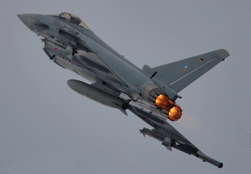 Aereo Da Caccia F15 : Ma quanto costa un caccia militare